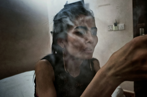 Into The dark: Scenes From South East Asia's Meth Epidemic (1)